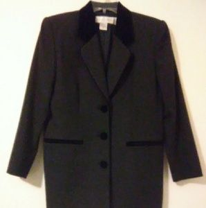 Casual Corner Wool And Velet Jacket